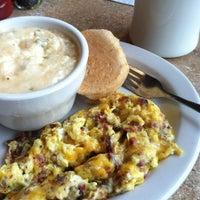 Photo prise au Pecan Creek Grille par stephanie w. le4/18/2013