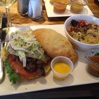 8/10/2013にJoe F.がNazca Kitchenで撮った写真