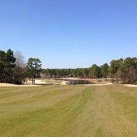 Foto scattata a Mid South Country Club da Tim A. il 3/8/2013