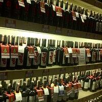 12/27/2012 tarihinde Ayse A.ziyaretçi tarafından Sensus Şarap & Peynir Butiği'de çekilen fotoğraf
