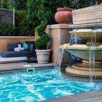 Foto tomada en Azure Luxury Pool (Palazzo) por Azure Luxury Pool (Palazzo) el 9/25/2014