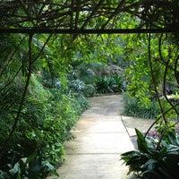Das Foto wurde bei Sunken Gardens von Chuck H. am 3/9/2013 aufgenommen