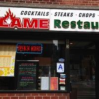 Foto scattata a The Flame Restaurant da The Corcoran Group il 7/29/2013