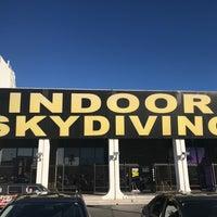 10/29/2017 tarihinde Oscar P.ziyaretçi tarafından Vegas Indoor Skydiving'de çekilen fotoğraf