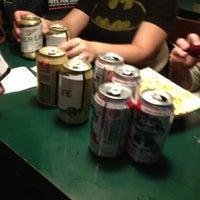 รูปภาพถ่ายที่ Mulligan's Pub โดย John K. เมื่อ 11/16/2012
