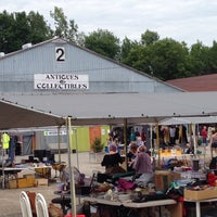Courtice Flea Market - 2 tips from 120 visitors