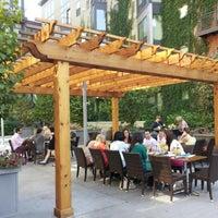 9/15/2012にMick J.がLoring Kitchen and Barで撮った写真