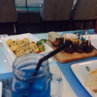 รูปภาพถ่ายที่ I Wish Grill & Cafe โดย AbdulRahman .. เมื่อ 10/27/2014