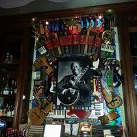 3/11/2014 tarihinde Michael S.ziyaretçi tarafından Lucille's Grill'de çekilen fotoğraf