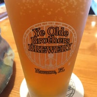 Photo prise au Ye Olde Brothers Brewery par Andrew W. le10/30/2018