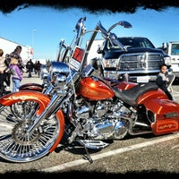 Long Beach Swap Meet >> Long Beach Cycle Swap Meet Now Closed Long Beach Ca