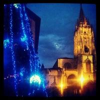 Foto tomada en Catedral San Salvador de Oviedo por Juan Carlos G. el 12/26/2012