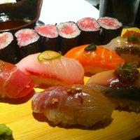 Photo prise au Sushi Yasaka par Jane L. le4/12/2013