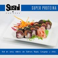 Foto tomada en Sushi & Cebiches por Sushi & Cebiches el 10/6/2014