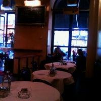 5/4/2012에 Mariya님이 Café Daniel Moser에서 찍은 사진