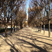 11/25/2012にRoger H.がJardin du Palais Royalで撮った写真