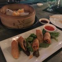 Foto scattata a Sachi Asian Bistro da Jenn C. il 7/28/2018