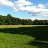 9/13/2012 tarihinde Ashley S.ziyaretçi tarafından Treptower Park'de çekilen fotoğraf