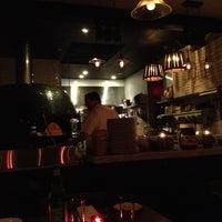 Foto scattata a Monte's Restaurant da Farid L. il 11/15/2012