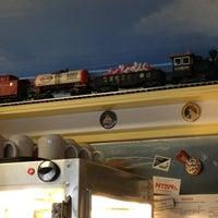 Photo prise au The Little Depot Diner par Julia A. le2/16/2013