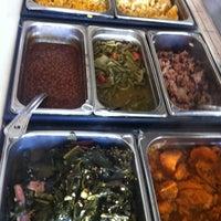 Foto tirada no(a) Showcase BBQ por Kelly R. em 10/12/2012