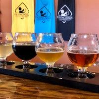รูปภาพถ่ายที่ Falling Down Beer Company โดย Justin M. เมื่อ 9/22/2018