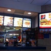 Foto tomada en Burger King por Saúl R. el 4/21/2014