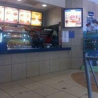 Foto tomada en Burger King por Saúl R. el 7/7/2014