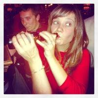 รูปภาพถ่ายที่ Four Farthings Tavern & Grill โดย Niall C. เมื่อ 11/4/2012