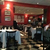 Foto diambil di Museo Evita Restaurant & Bar oleh Juan Martin D. pada 2/12/2013