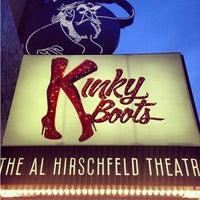 Снимок сделан в Kinky Boots at the Al Hirschfeld Theatre пользователем Christine B. 5/11/2013