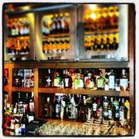 Foto scattata a Efes Sports Pub da Kenan A. il 1/22/2013
