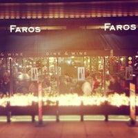 Das Foto wurde bei Faros Restaurant von Kenan A. am 1/6/2013 aufgenommen