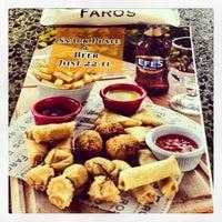 1/8/2013 tarihinde Kenan A.ziyaretçi tarafından Faros Restaurant'de çekilen fotoğraf