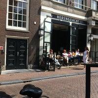 7/13/2013 tarihinde Maylis A.ziyaretçi tarafından Herengracht Restaurant & Bar'de çekilen fotoğraf