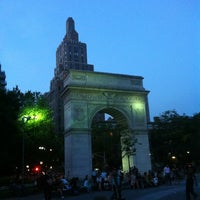 Foto tomada en Washington Square Park  por Jeff R. el 6/26/2013
