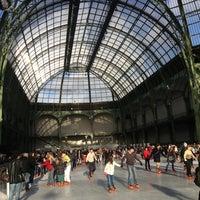 Foto tirada no(a) Grand Palais por Shannon V. em 12/25/2012