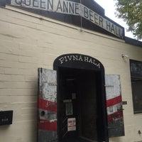 10/31/2015にPeter A.がQueen Anne Beerhallで撮った写真
