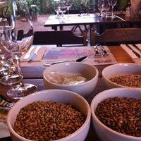 รูปภาพถ่ายที่ Casimiros Boteco Gourmet โดย Bia A. เมื่อ 11/13/2012