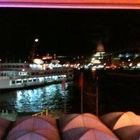รูปภาพถ่ายที่ Mare Karaköy โดย Gulcin Y. เมื่อ 1/18/2013
