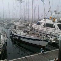 Foto scattata a Porto de Recreio de Oeiras da Adriano M. il 9/16/2012