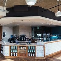 10/24/2014にBird Rock Coffee RoastersがBird Rock Coffee Roastersで撮った写真