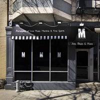 Photo prise au M Lounge par Reginald M. le7/13/2015