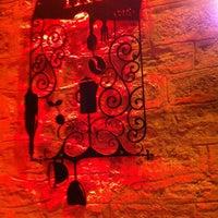 Das Foto wurde bei Tag Cafe & Bistro Istanbul von Seda K. am 3/23/2013 aufgenommen