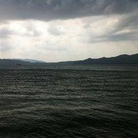 8/2/2012 tarihinde Mert S.ziyaretçi tarafından Erine Beach Club'de çekilen fotoğraf