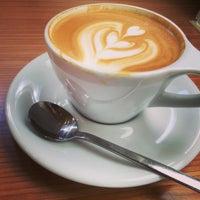 8/28/2015 tarihinde Eric B.ziyaretçi tarafından Ogawa Coffee Boston'de çekilen fotoğraf