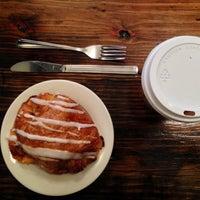 รูปภาพถ่ายที่ Double Dutch Espresso โดย Shawna C. เมื่อ 2/4/2014