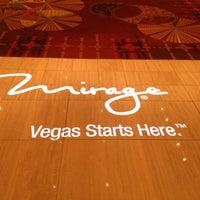 Das Foto wurde bei The Mirage Convention Center von Ramir A. am 11/13/2012 aufgenommen
