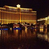Foto tomada en Bellagio Hotel & Casino por Anna Q. el 5/13/2013