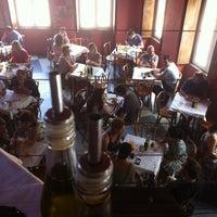 Foto tirada no(a) Ocidente por Miltinho T. em 11/30/2012